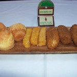 Espetus Churrascaria breads